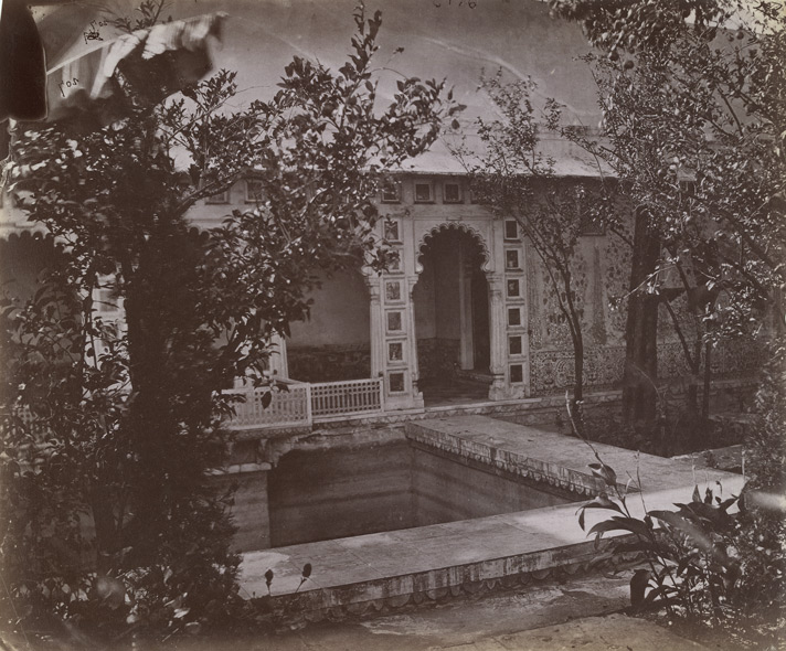 Unidentified house or pavilion in a garden, Chittaurgarh [or Ajmer].